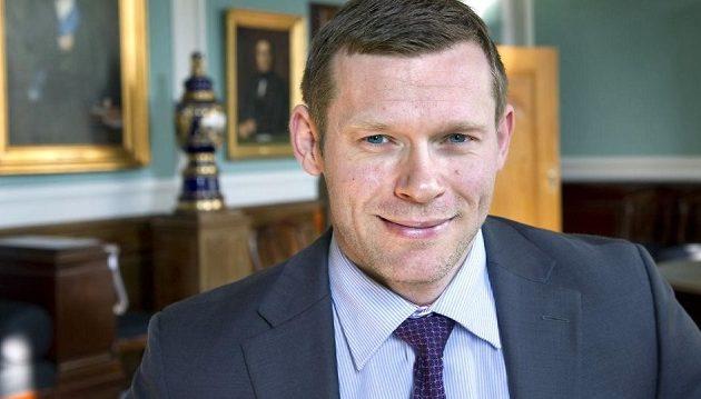 Δανός υποψήφιος βουλευτής ψάχνει ψηφοφόρους μέσω σάιτ πορνό