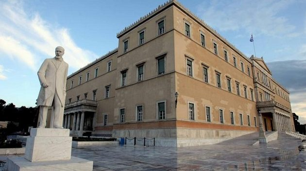 Η Κινεζική Πρεσβεία δώρισε 10.000 μάσκες στη Βουλή των Ελλήνων