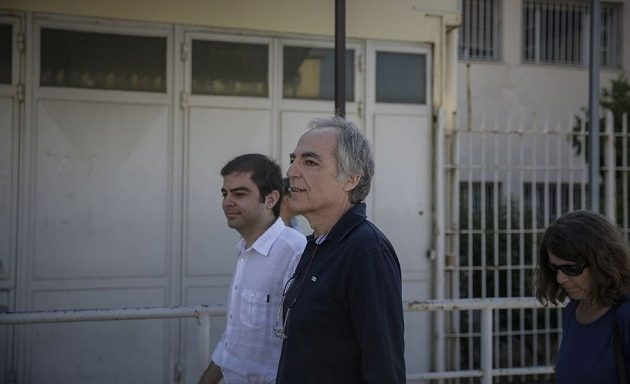 Κουφοντίνας: Με έχουν δίπλα από το νεκροτομείο – Είναι απάνθρωπη μεταχείριση
