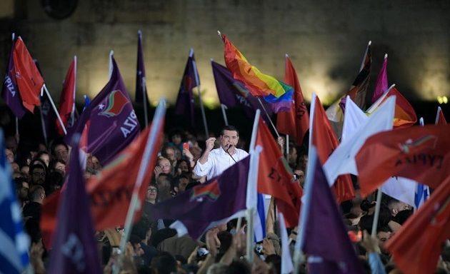 Τσίπρας στο Σύνταγμα: Την Κυριακή ψηφίζουμε για τη ζωή μας