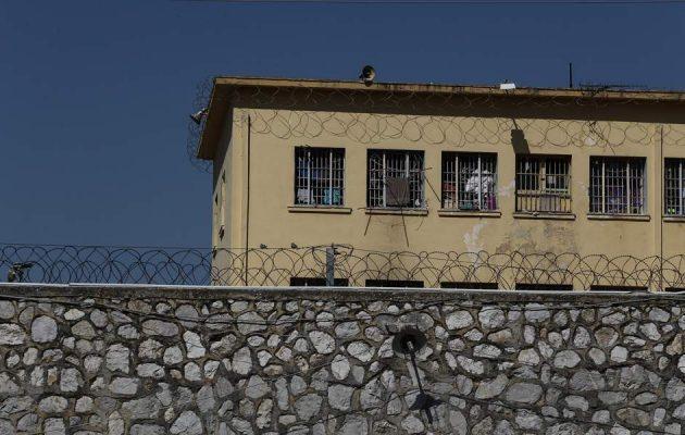 Υπ. Δικαιοσύνης: Τρεις τραυματίες στα επεισόδια στις φυλακές Κορυδαλλού