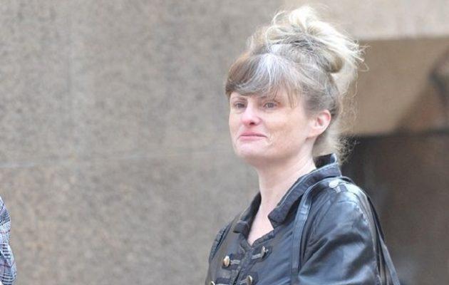 Μαχαίρωσε τον σύντροφο της γιατί της απαγόρευσε να πάρει πολλά ρούχα στις διακοπές