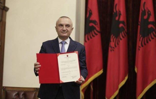 Ο πρόεδρος της Αλβανίας επιθυμεί να καθορίσει άλλη ημερομηνία δημοτικών εκλογών – Ο Ράμα διαφωνεί