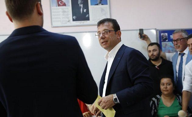 Τελικά αποτελέσματα: Με 54,2% ο Ιμάμογλου εξελέγη δήμαρχος Κωνσταντινούπολης
