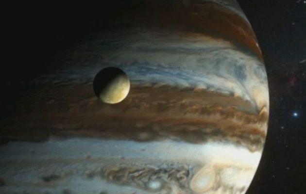 Το βράδυ της Δευτέρας ο πλανήτης Δίας θα είναι ορατός ακόμα και με ένα ζευγάρι κιάλια