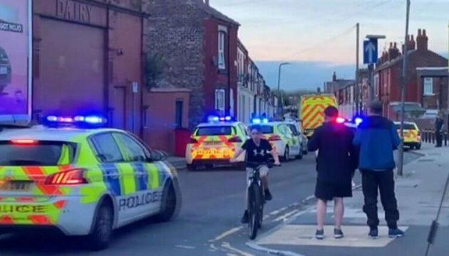 Συνελήφθη 12χρονος για επίθεση με μαχαίρι σε ομοφυλόφιλους στη Βρετανία