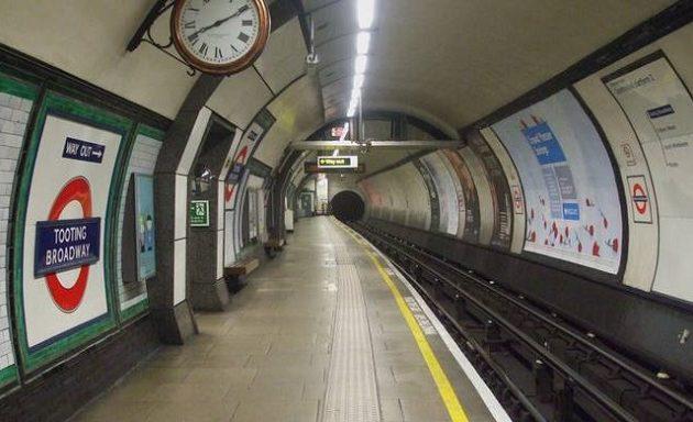 Ισόβια σε 47χρονο που έσπρωξε 91χρονο στις γραμμές του Μετρό Λονδίνου