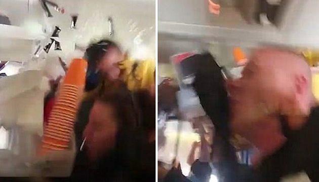 Τρόμος σε πτήση: Αεροσυνοδός «απογειώθηκε» από τις αναταράξεις (βίντεο)
