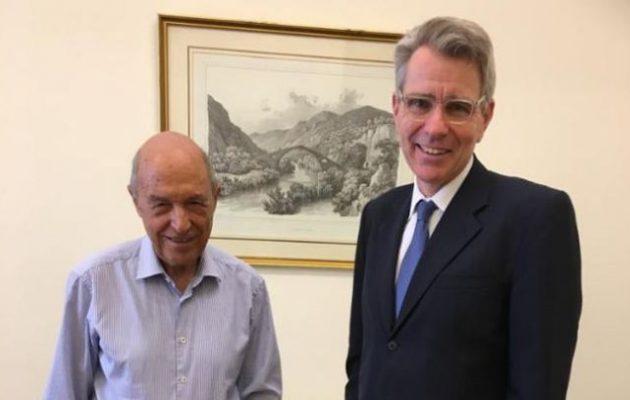 Ο Τζ. Πάιατ συναντήθηκε με τον Κ. Σημίτη – Ο Αμερικανός Πρέσβης ήταν σαφής