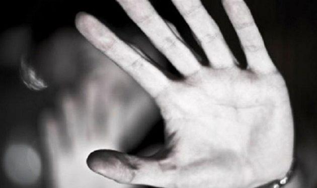 Βίαζε 14χρονα σε παράγκα – Μανιασμένος όχλος τον λίντσαρε