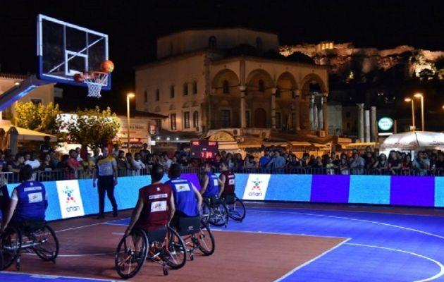 ΟΣΕΚΑ και ΟΠΑΠ βάζουν καλάθια με θέα την Ακρόπολη – «Midnight 3on3 Streetball» στο Μοναστηράκι (βίντεο)