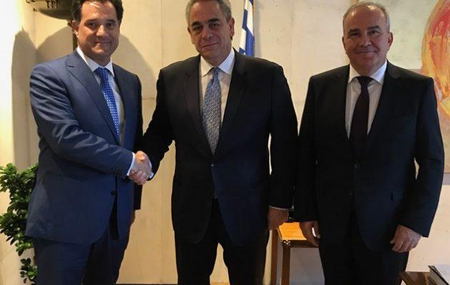 Συμφωνία Γεωργιάδη-Μίχαλου για την επιτάχυνση της αδειοδότησης επιχειρήσεων