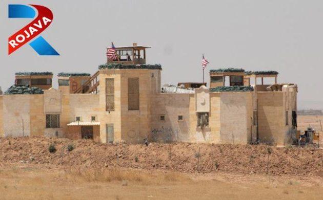 Αμερικανικά στρατεύματα στην παραμεθόρια πόλη Τελ Αμπιάντ της Συρίας απέναντι στους Τούρκους