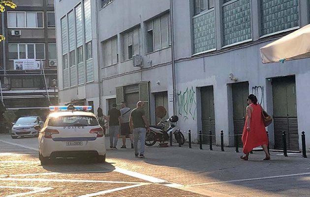 Ισχυρή έκρηξη στο Δικαστικό Μέγαρο Λάρισας