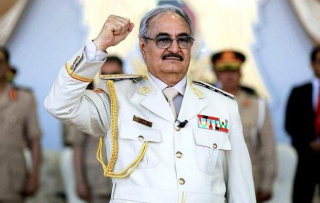 Στρατάρχης Χαφτάρ: «Κλινικά νεκρή» η κυβέρνηση της Τρίπολης – Ο Ερντογάν την εκμεταλλεύεται πριν καταρρεύσει