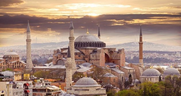 Τούρκος υπουργός προβλέπει σεισμό 7,5 Ρίχτερ στην Κωνσταντινούπολη (βίντεο)