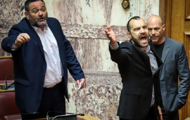 Υπό διάλυση η Χρυσή Αυγή: Μετά τον Λαγό ανεξαρτητοποιήθηκε και ο Π. Ηλιόπουλος
