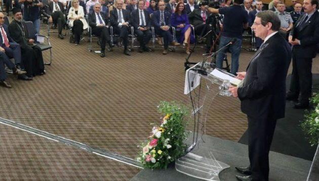 Ν. Αναστασιάδης: «Δεν θα δεχθώ λύση ανασφάλειας του κυπριακού Ελληνισμού» – Φ. Κρίστοφερ: «Η γεωπολιτική έχει αλλάξει»