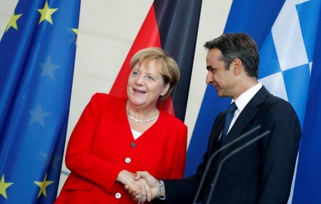 Η Μέρκελ υποσχέθηκε στον Μητσοτάκη ότι η Γερμανία θα πάρει 1.553 πρόσφυγες από την Ελλάδα
