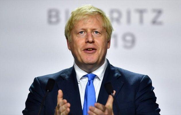 Προειδοποίηση Τζόνσον στους βουλευτές που εμποδίζουν το Brexit