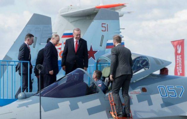 Ο Πούτιν παρουσίασε στον Ερντογάν το στελθ Su-57 – Οι Τούρκοι «κοιτάνε» ρωσικά μαχητικά