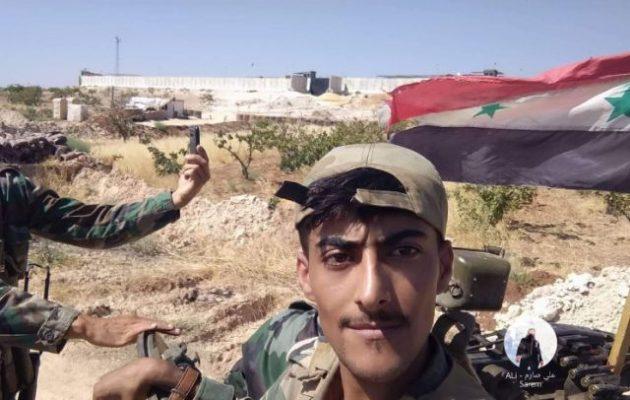 Ο συριακός στρατός περικύκλωσε τουρκικό οχυρό – «Σέλφι» με… φόντο τους Τούρκους (φωτο)