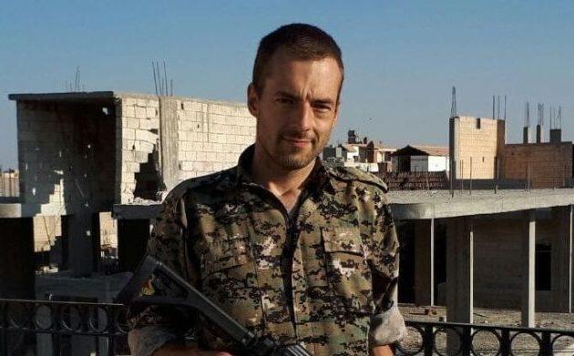 Αυτοκτόνησε ο Βρετανός αριστοκράτης και αριστερός Τζάμι Τζάνσον που πολέμησε τους Τούρκους στη Συρία