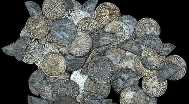 50χρονος ανακάλυψε σε χωράφι νομίσματα 1.000 ετών
