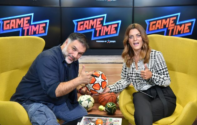 O Γρηγόρης Αρναούτογλου δείχνει τις ποδοσφαιρικές του γνώσεις στο Game Time του ΟΠΑΠ (βίντεο)