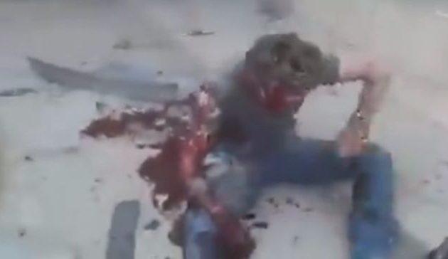 Οι Τούρκοι βομβάρδισαν κονβόι αμάχων και δημοσιογράφων – Μακελειό (βίντεο)