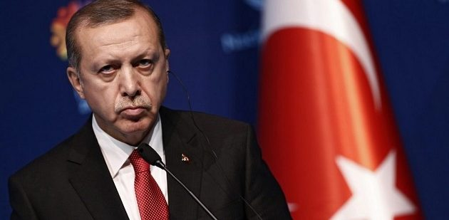 Financial Times: Γιατί ο Ερντογάν είναι ευάλωτος – Οι εφτά λόγοι