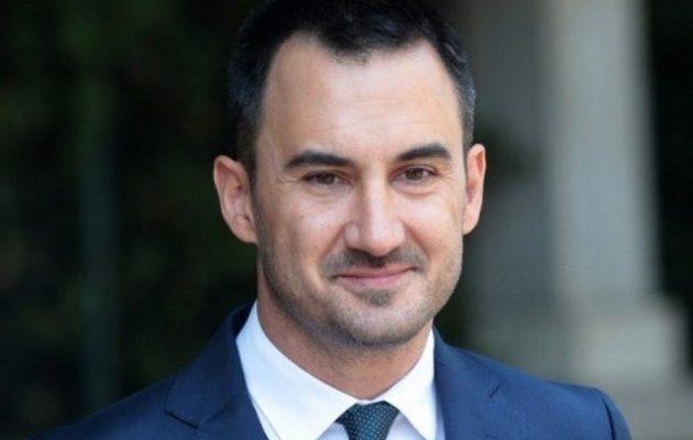 Χαρίτσης: Η κυβέρνηση παραβιάζει το διεθνές δίκαιο στο μεταναστευτικό