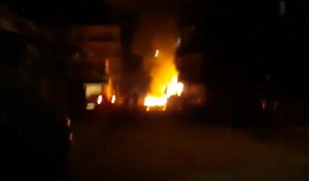 Καίγονται χριστιανικές γειτονιές στο Καμισλί από τις τουρκικές βόμβες (βίντεο)
