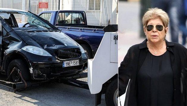 Μάνα Μαυρίκου: Σκέφτομαι να βάλω τον Θοδωρή στο αυτοκίνητο και να πέσω στη θάλασσα