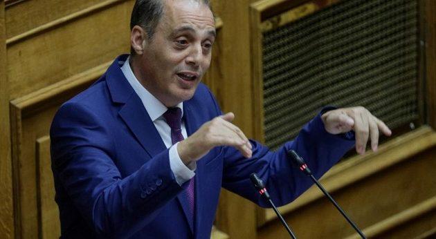Βελόπουλος: Θέλετε να κάνετε τους πολίτες ρουφιάνους