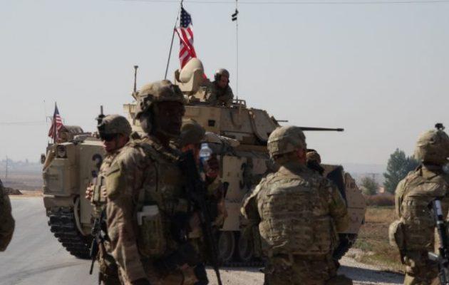 Εφημερίδα «Okaz»: Η Τούρκοι παραβίασαν την εκεχειρία στη Β/Α Συρία – Οι ΗΠΑ έστειλαν τανκς