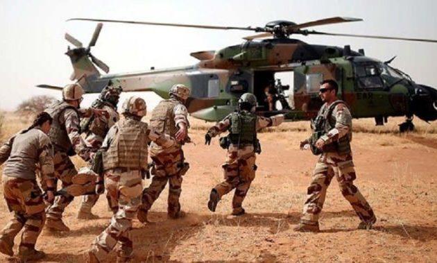 Το Ισλαμικό Κράτος ισχυρίζεται ότι κατέρριψε δύο γαλλικά ελικόπτερα στο Μάλι