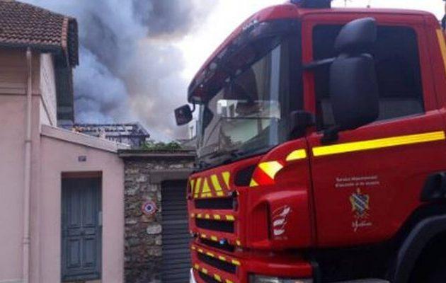 Γαλλία: Δύο μικρά αδέλφια έχασαν τη ζωή τους σε πυρκαγιά που ξέσπασε σε σπίτι