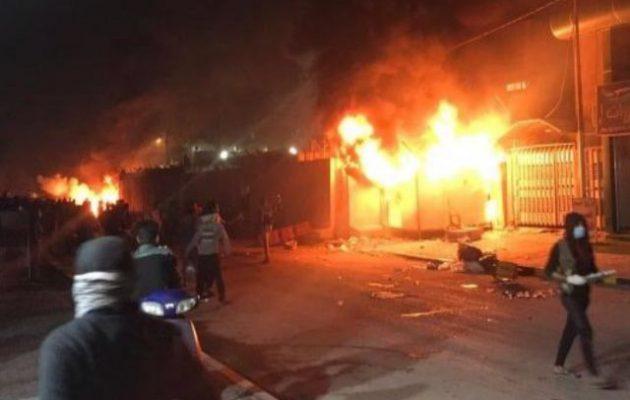 Διαδηλωτές επιτέθηκαν σε προξενείο του Ιράν στη Νατζάφ του Ιράκ