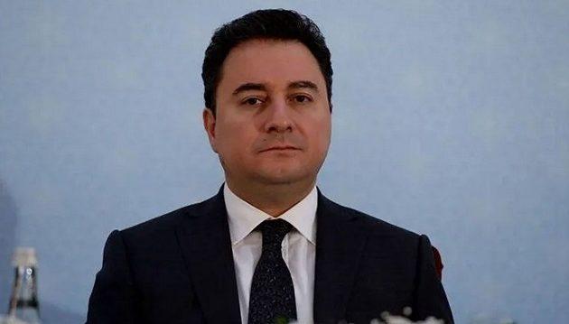 Κοροναϊός: Ο Μπαμπατζάν την «έπεσε» στον Ερντογάν για τα μέτρα στήριξης