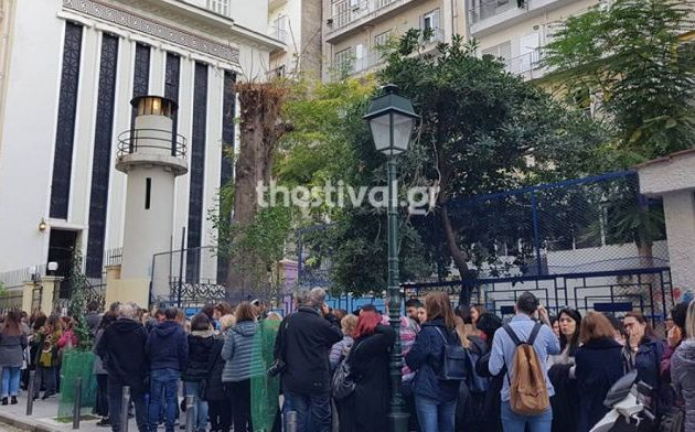 Ουρές στη Θεσσαλονίκη για να δουν από μέσα τη Μασονική Στοά που άνοιξε τις πόρτες της
