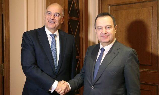 ΥΠΕΞ: Ισχυρή η φιλία Ελλάδας-Σερβίας – Επέκταση της συνεργασίας