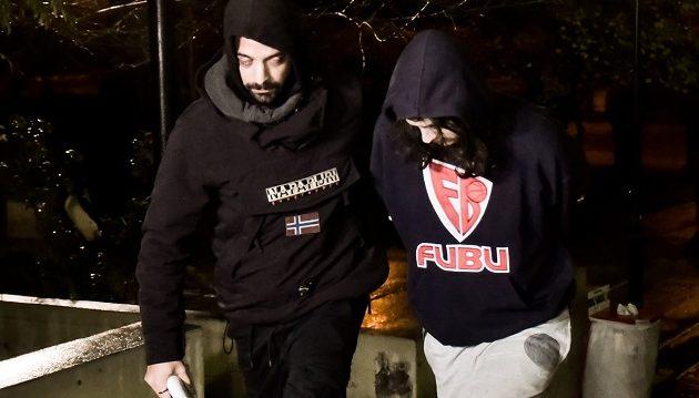 Τι είπε στην απολογία του ο 21χρονος που σκότωσε και τεμάχισε τον νονό του