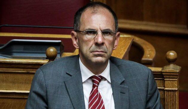 Ο Γεραπετρίτης αποκάλυψε τα πλάνα της κυβέρνησης για την άρση των μέτρων – Με φειδώ τα επιδόματα