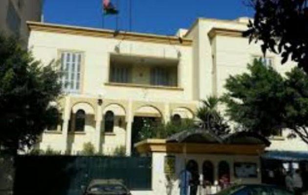 Η Πρεσβεία της Λιβύης στην Αίγυπτο αναγνωρίζει ως νόμιμη Αρχή τη Βουλή και όχι την Τρίπολη