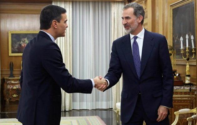 Ισπανία: O Σάντσεθ πήρε την εντολή του βασιλιά για σχηματισμό κυβέρνησης