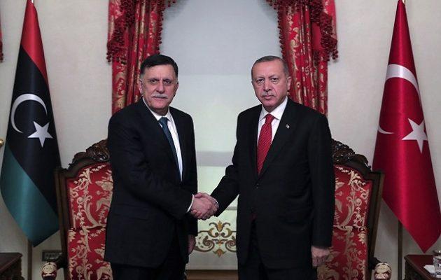Tageszeitung: Η Τουρκία διέπραξε πραξικόπημα με τη Λιβύη