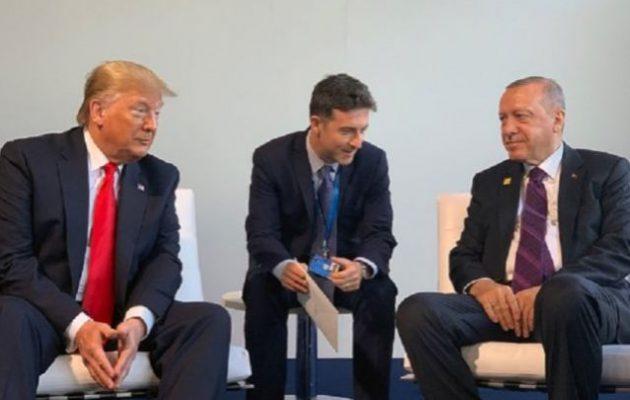 Επικίνδυνος για την Ελλάδα ο Τραμπ – Δίνει ρόλο στην Τουρκία στα Βαλκάνια