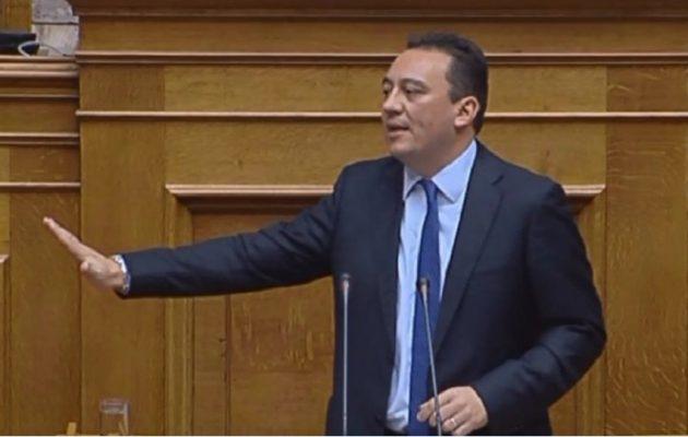 Ο Κώστας Βλάσης νέος υφυπουργός Εξωτερικών στη θέση του Διαματάρη