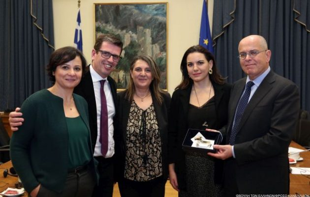 Ο Πρέσβης του Ισραήλ συναντήθηκε με το προεδρείο Ελληνοϊσραηλινής Φιλίας της Βουλής